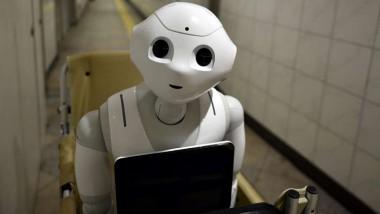 La giornalista ed il robot