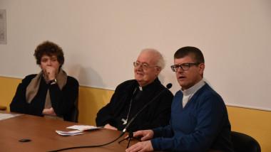 Nosiglia a Valsalice, il vescovo parla ai giovani