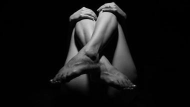 Nudità, fra umiliazione e libertà