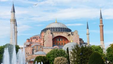 Santa Sofia, da chiesa a moschea